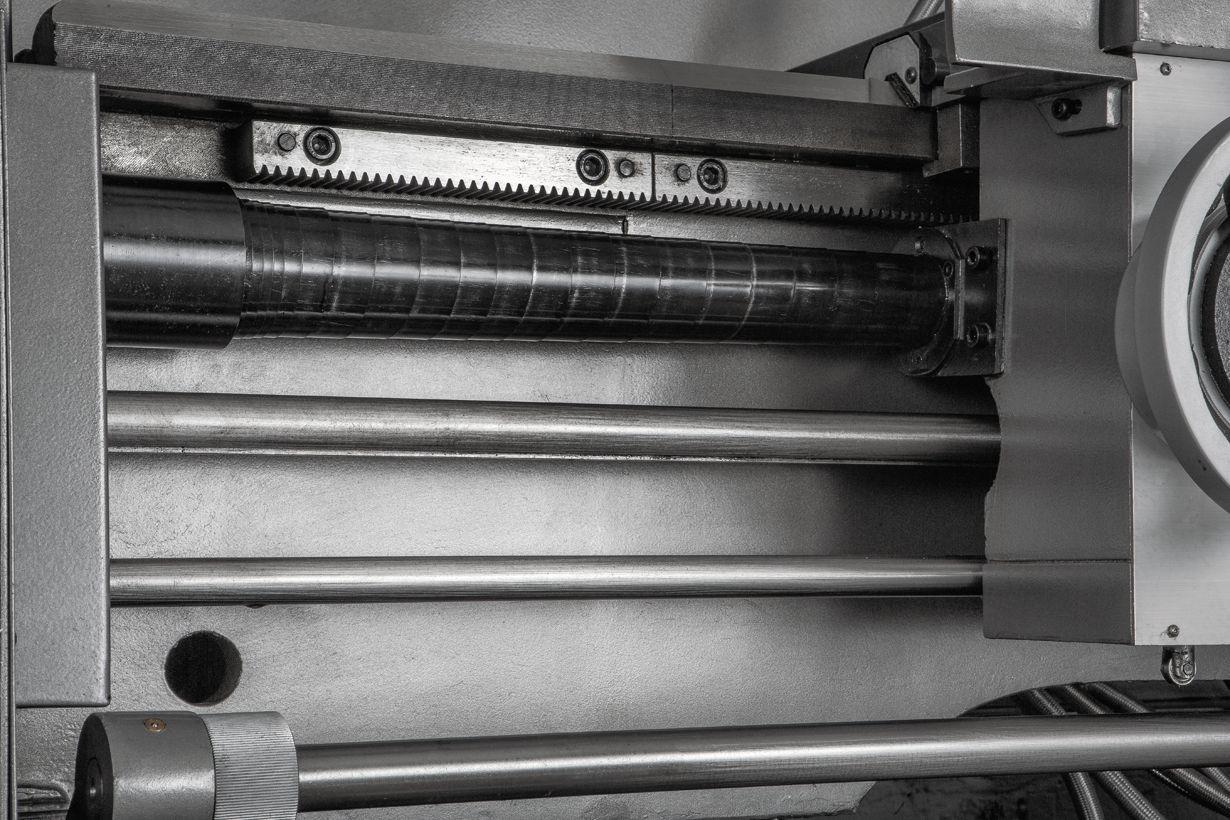 GH-1640ZX DRO Токарно-винторезный станок серии ZX фото 6